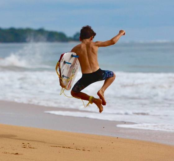 Surf and Surf! Bocas del Toro Island  photo by Paki Gale
