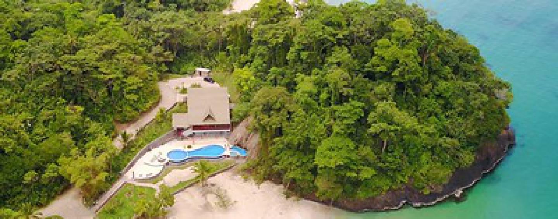 La Rosa Beach Club – Bastimiento Island