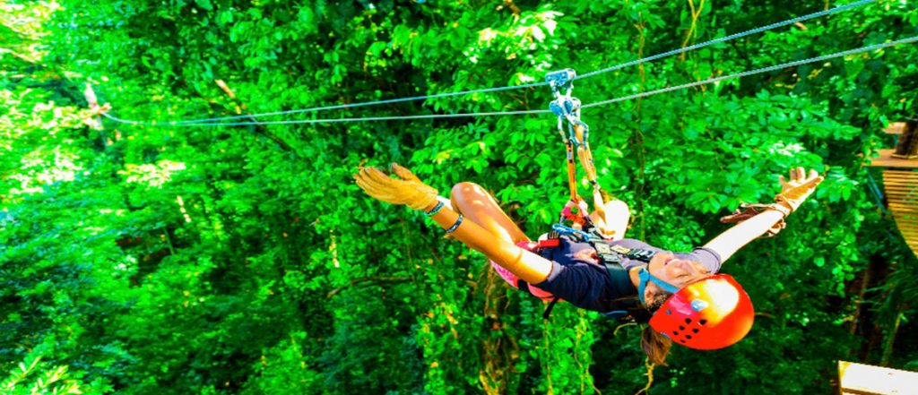 Zip Line Isla Bastimento    photo Red Frog Resort